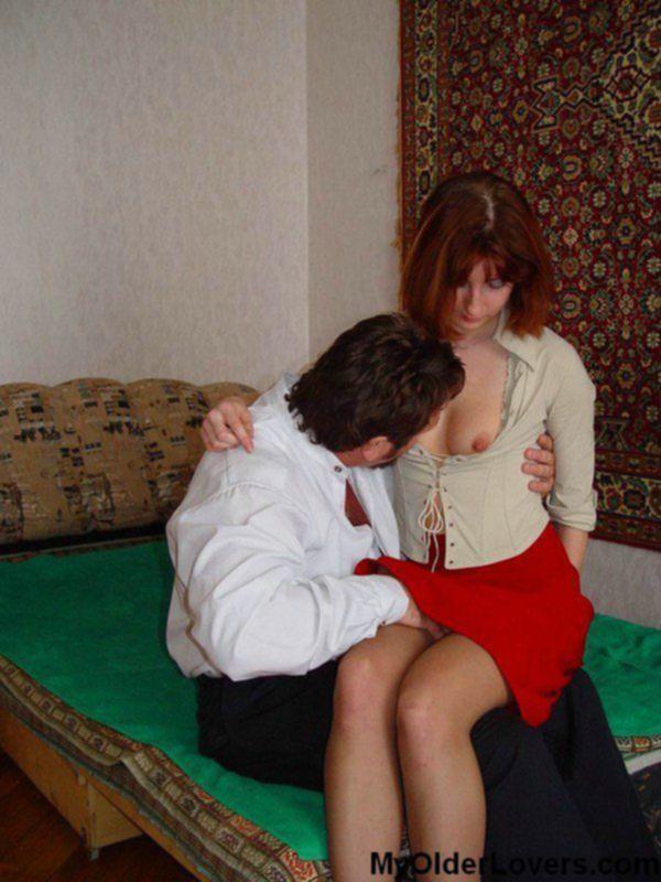 Юная секретарша