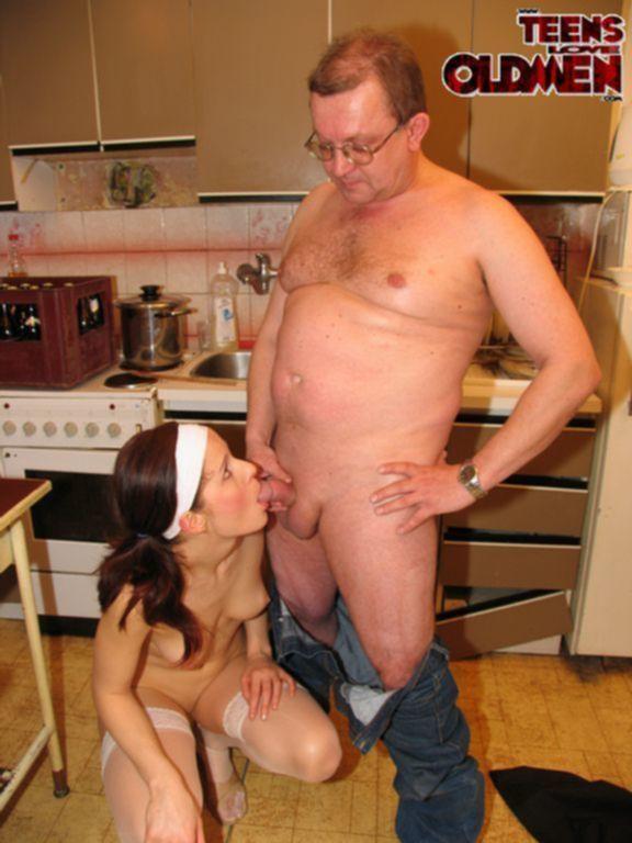 Воспитал дочку