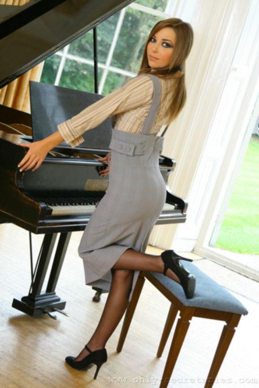 Игра за роялью