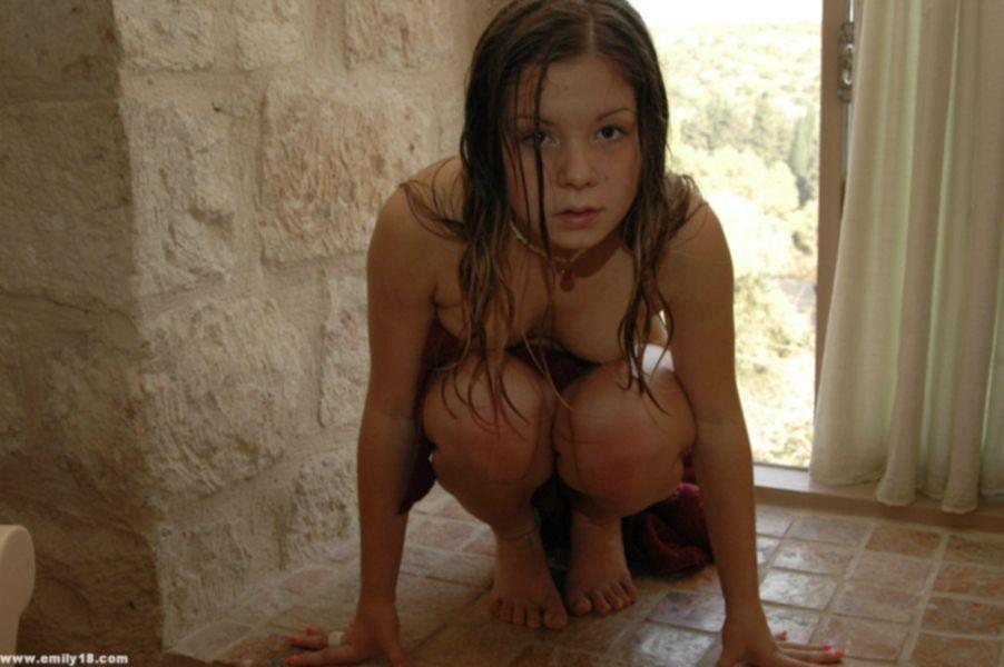 Озорная грязная девчонка